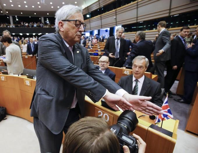 Jean-Claude Junker scherza con Farange